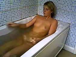 Amateur wanton blond