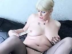 blonde creamy mother