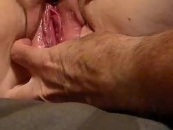 Fingerfucking my