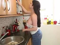 kitchen voyeur downblouse