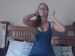 huge titted babe gaging