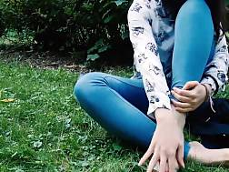 girl jeans exposing sexy