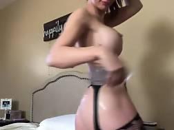 babe girlie masturbates