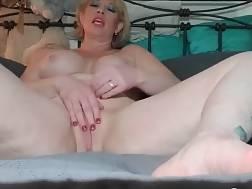 a big cougar dildo