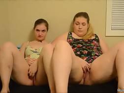Curvy gals masturbates