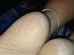 exposingh feet fetish