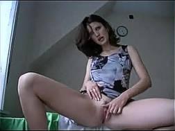 brunette cam dark