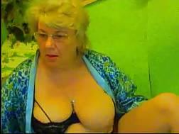 bbw big blonde boobs