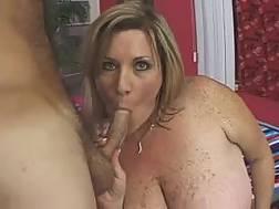bbw mature bitch masturbates