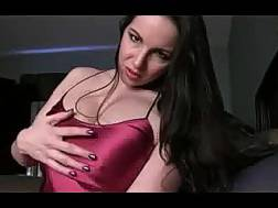 a big-breasted brunete