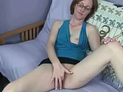 amateur couch masturbating