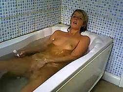Amateur wanton blond