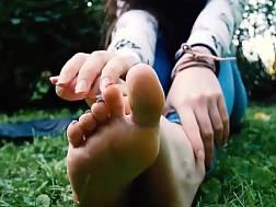 denim exposing feet