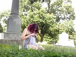 couple graveyard