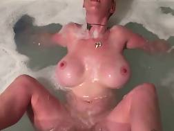busty wifey wanks tub