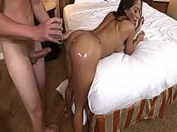 Big-assed MILF allows
