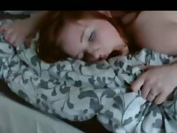 submissive redhead chick bang