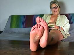 cougar enjoys feet