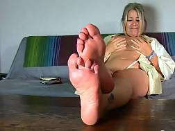 mature cougar film feet