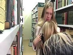 pretty lesbian blondes act