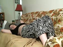 Amateur curvy girl