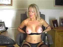 Sexy mature dildo