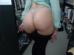 huge booty chick gets