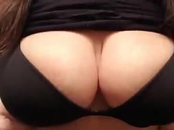 boobies bouncing
