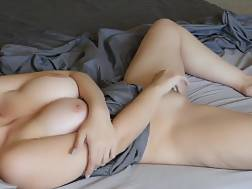 amateur begins boobies