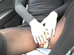 a car chick dildo