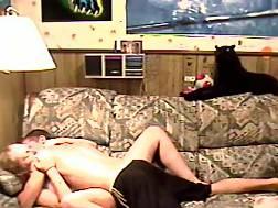 couple exposing