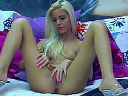 vagina fingerfucking web cam