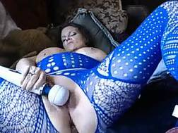 extremely curvy wifey blue