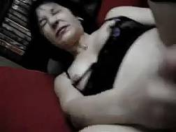 mature wife uses dildo