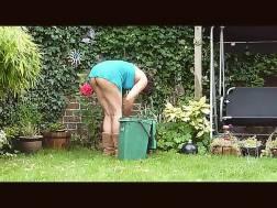hot neighbour
