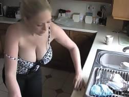 get watch wifes huge