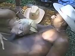 nasty ladyboy gets penetrated