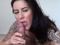 tattooed chick sucking stiff