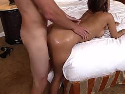 tanned bootyful bf gets