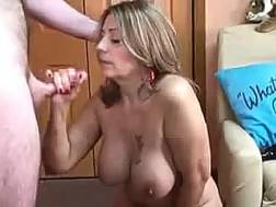 amateur mamma drives crazy