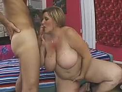 bbw mature bitch masturbates