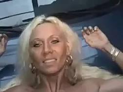 blondie hooker blowing delicious