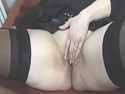 curvy harlot gets pussy