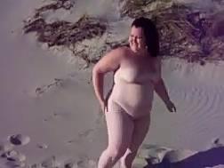 fat bitch feels comfortable