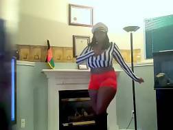 webcam dancing solo chubby