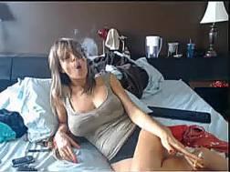 nasty livecam chick teases