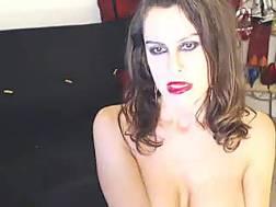 bosomy webcam mamma fingers