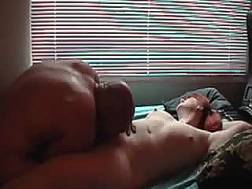 fingerfucking chubby wifes cunt