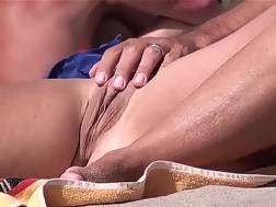 hot woman gets pussy