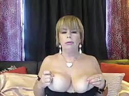full mature woman exposing